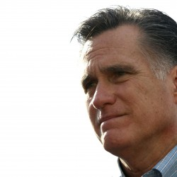 Romney takes on hecklers in Portland