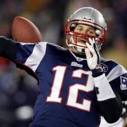 Tebowmania grabs headlines from Brady