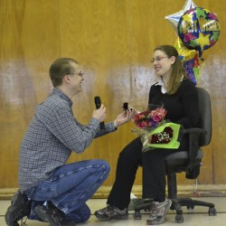 Community band member proposes during Auburn concert