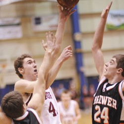 Bangor boys hold off Brewer in 'A' auditorium finale
