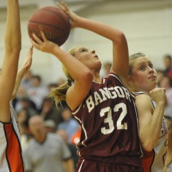 Bangor girls down rival Brewer as Class A closes out Bangor Auditorium history