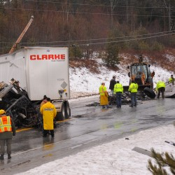 Crash temporarily closes Route 9 west of Beddington