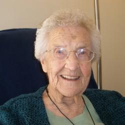 Woman celebrates turning 105 in Hampden