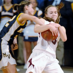 Nokomis girls survive scare from Medomak Valley