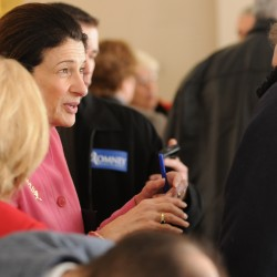 Snowe may be vulnerable from Right, but candidates should make case for themselves