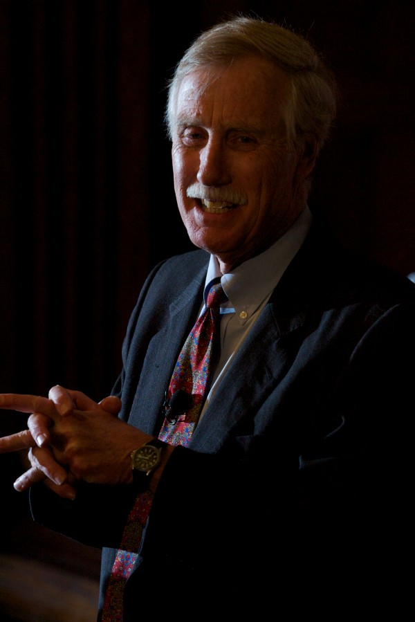 Former Maine Gov. Angus King announces his independent candidacy for the U.S. Senate Monday night, March 5, 2012, after giving a lecture on leadership at Bowdoin College in Brunswick.