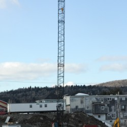 Work on schedule at bridge connecting Fort Kent, New Brunswick despite the cold