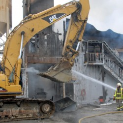 Fire destroys East Millinocket concrete factory
