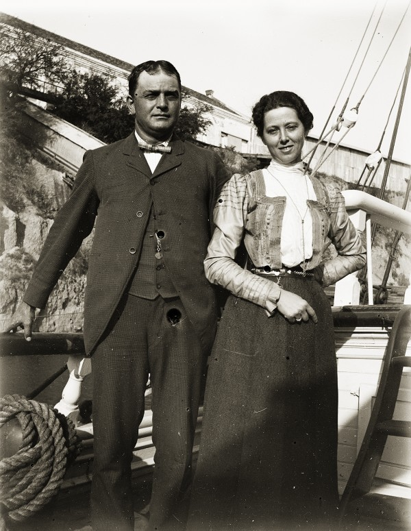 Capt. Temple A. Fickett and his wife, Susie.