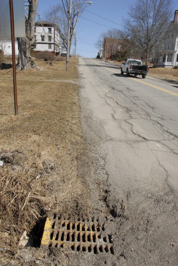 This fall, the Maine Department of Transportation will reconstruct the drainage system along Main Street in Stockton Springs. The project will involve rebuilding or replacing existing catch basins.