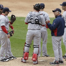 Red Sox lose as Chicago scores four in sixth