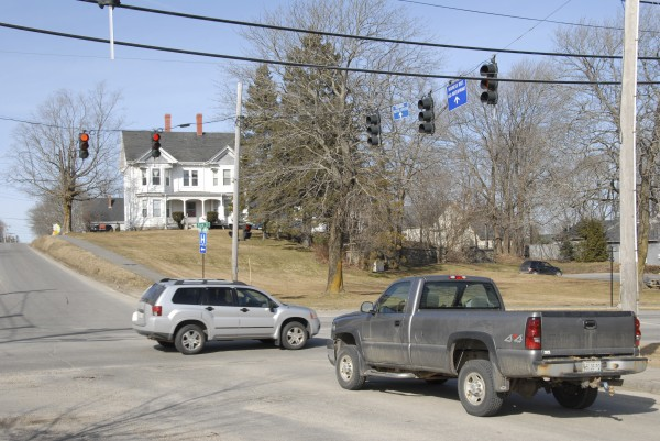 In Rockland, the Maine Department of Transportation will spend $119,000 and $138,000 to install new traffic lights at the intersection of Park Street (Route 1) and Broadway (Route 1A). The project will improve traffic flows at this key intersection.