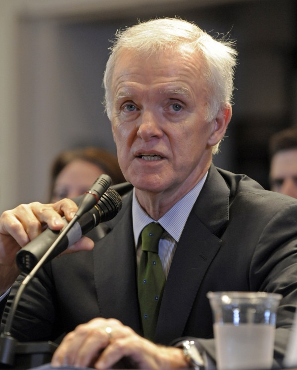 "Bob Kerrey speaks at a New York commission in 2010. Kerrey last ran in 1994 and faces ""carpetbagger"" criticism in Nebraska after a decade of living in New York City ."