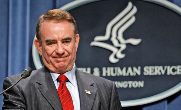 Tommy Thompson announces his resignation as Health and Human Services secretary in 2004 in Washington.