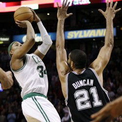 Spurs show balance in victory over Celtics