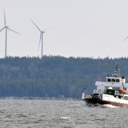 Maine island wind turbines create noise problems