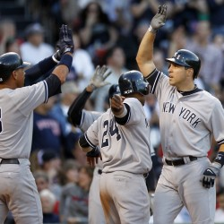 Teixeira's homer pushes Yanks past Twins in Game 1