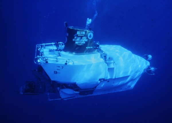 The Alvin, a 23-foot-long submersible capable of diving more than 14,000 feet below the surface, was operated by the Woods Hole Oceanographic Institution and the U.S. Navy to fully explore the Titanic shipwreck in 1986.