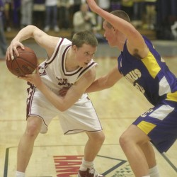 Bangor's Thomas seeks basketball growth with MCI postgraduate team