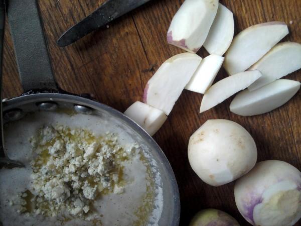 Preparing blue cheese butter