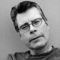 Stephen King to give creative writing class at UMass Lowell