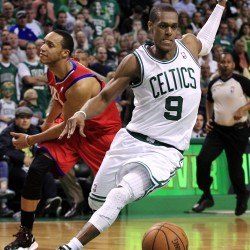 76ers edge Celtics despite Rondo's triple-double
