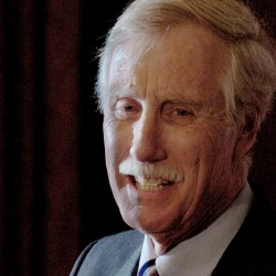 Angus King to caucus with Senate Democrats