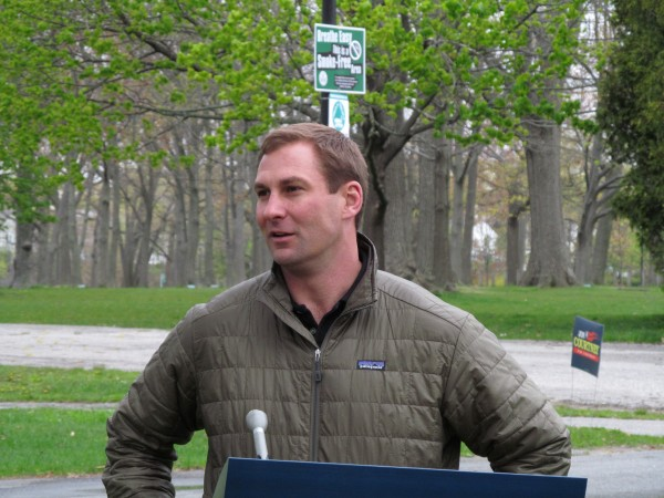 Chris Tyll of North Yarmouth, a candidate for Maine state Senate District 11, campaigns for Republican 1st District U.S. Congress candidate Jon Courtney in Portland on Thursday, May 3, 2012.