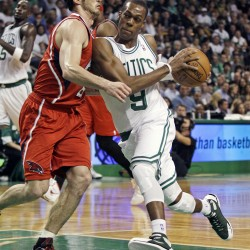 Smith leads Hawks past Celtics 83-74; Rondo tossed
