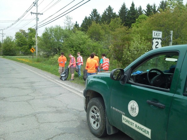 Houlton High School students clean up the roadside along Route 2 on Tuesday, May 22, 2012 as part of a communitywide effort. Houlton Police Department officers also took part in the project, organized by Maine Forest Service Forest Rangers.