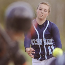 No. 5 Old Town ousts top seed Oceanside in East 'B' softball semis