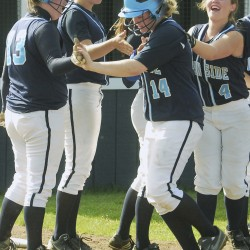 Kennadi Grover's four hits, five RBIs lead Oceanside softball past Gardiner