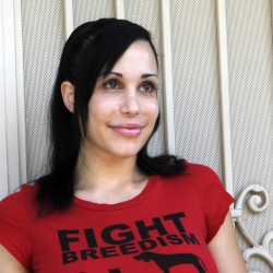 Octomom seeking online donations for house payment