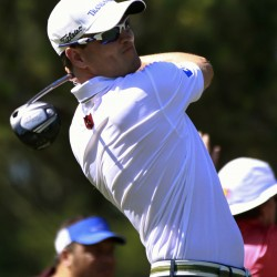 Top-ranked Westwood, Woods near lead in Shanghai