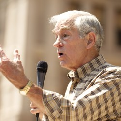 Ron Paul ends active campaign, urges supporters to keep pressure on state conventions
