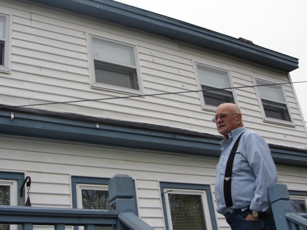 Harry Earl talks about the amount of bird poop that he has to endure at his Rockland home because of a neighbor who feeds seagulls on a daily basis.