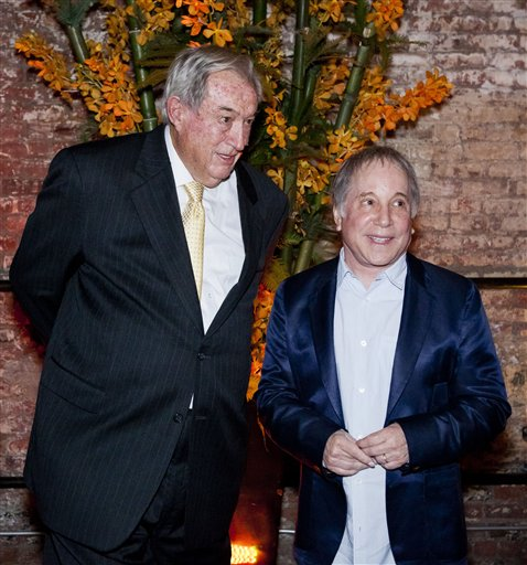 Paleoanthropologist Richard Leakey, left, attends a fundraiser for the Turkana Basin Institute with his friend Paul Simon, who was the guest performer in New York.