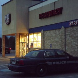Winslow pharmacy robbed of prescription drugs