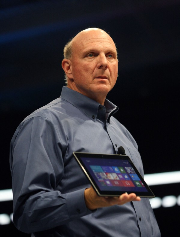 Microsoft CEO Steve Ballmer holds the new Surface as it is unveiled in Los Angeles, California, June 18, 2012. Microsoft Corp unveiled a tablet called Surface on Monday, in a move to rival Apple Inc's massively successful iPad.