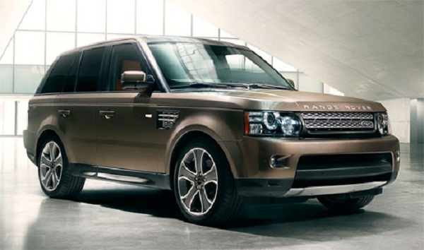 The exterior style and interiors of the 2012 Range Rover Sport Supercharged are improved for 2012 version.