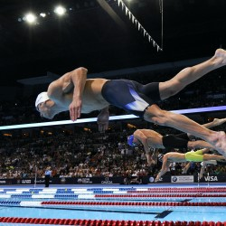 Dara Torres moves on in 50 free at US trials