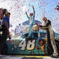 Jimmie Johnson not letting lack of winning mess with head