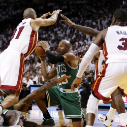 Rondo's triple-double helps Celtics top Heat 85-82