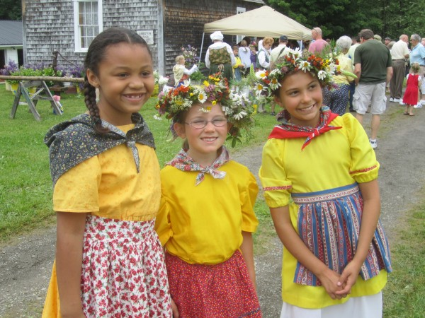 Girls in Swedish costume at the 2012 New Sweden Midsummer Festival.