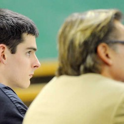 Sumner attorney accused of calling bomb threats in to schools pleads not guilty