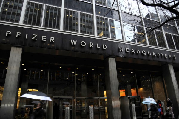 Pfizer is an example of how the drug industry is stepping up its collaboration with academia: The world's largest drug company is embedding operations in Boston, San Francisco, New York and San Diego, often in the very same buildings where famed academic institutions have labs.