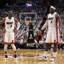 Ray Allen chooses to sign with Miami Heat