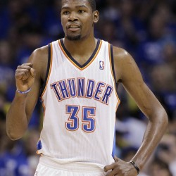 Durant helps Thunder win on road, take 3-2 lead over Spurs