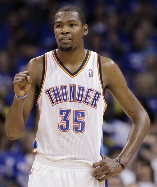 Oklahoma City Thunder forward Kevin Durant pumps his fist during the second half against the San Antonio Spurs in Game 4 in the NBA Western Conference finals Saturday, June 2, 2012, in Oklahoma City.