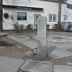 Rockland council listens to dispute about restaurant tables near veterans' memorial stone